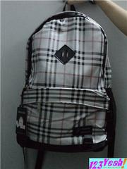 Ảnh số 2: Balo Burberry thời trang BLBB2 - Giá: 260.000