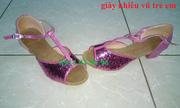 Ảnh số 8: Giày khiêu vũ trẻ em kim sa đỏ - Giá: 300.000