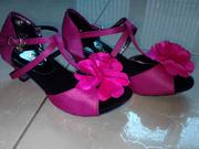 Ảnh số 21: Giày khiêu vũ trẻ em màu hồng kết hoa - Giá: 300.000