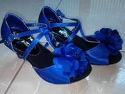 Ảnh số 24: Giày khiêu vũ trẻ em màu xanh kết hoa - Giá: 300.000