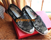 Ảnh số 20: Giày ren đen - Giá: 165.000