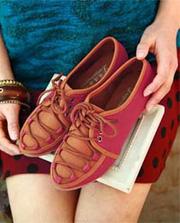 Ảnh số 38: Giày đế thấp dây buộc phong cách - Giá: 230.000