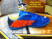 Ảnh số 27: Giày đá bóng nike mercurial - Giá: 250.000