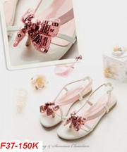 Giày dép thời trang cho các nàng đây! 20110805143715_37_150k