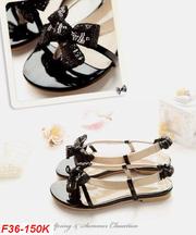 Giày dép thời trang cho các nàng đây! 20110805143741_36_150k