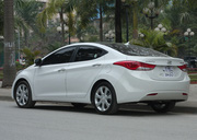 nh s 5: hyundai avante 2012 - Gi: 890.000.000