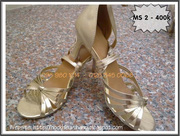 nh s 6: GIY KHIU V 098 980 1014 - Gi: 400.000