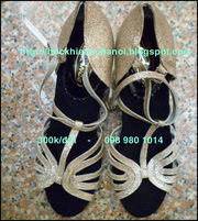 nh s 61: GIY KHIU V 098 980 1014 - Gi: 300