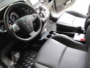 Ảnh số 9: Toyota Wish 2.0AT - Giá: 880.000.000