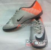 Ảnh số 1: Giày đá bóng sân cỏ nhân tạo NIKE MERCURIAL cam bạc - Giá: 350.000