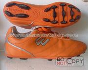 Ảnh số 23: Giày đá bóng sân cỏ nhân tạo PROWIN cam (đinh thưa) - Giá: 180.000