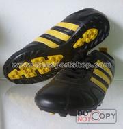 Ảnh số 32: Giày đá bóng sân cỏ nhân tạo PES COPA đen vàng - Giá: 250.000