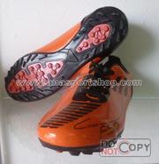 Ảnh số 38: Giày đá bóng sân cỏ nhân tạo PES F50 cam - Giá: 250.000