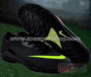 nh s 48: Giy  bng sn c nhn to NIKE MERCURIAL mi  en - Gi: 450.000