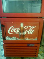 Ảnh số 6: Bán thanh lý tủ mát coca cola 300 lít, còn mới 95%, giá bán là 4.720.000, tủ mới và đẹp lắm - Giá: 4.720.000