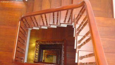 Bậc Cầu thang Lim Nam phi