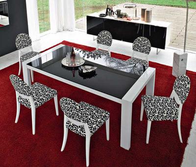 MSP055: Bộ bàn ăn gỗ tự nhiên sồi nga sơn trắng sang trọng mẫu 2014