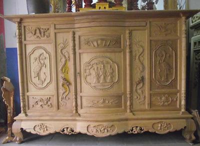 Tủ thờ gỗ gụ chạm tam đa, tứ linh