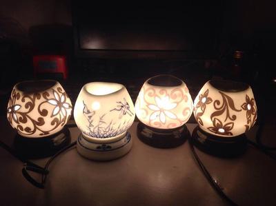 Đèn xông tinh dầu gốm nhỏ