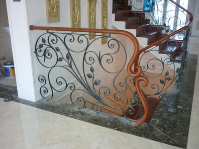 Cầu thang sắt mỹ nghệ ,sắt nghệ thuật,cầu thang sắt đẹp