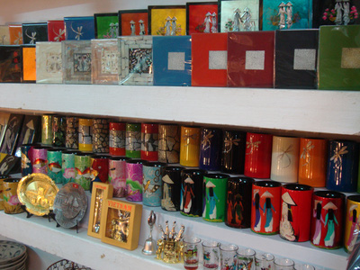 Tám Kim Shop Hội An   chuyên sỉ lẻ mặt hàng sành sứ và lưu niệm