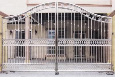 Cổng inox Hoàng Kim