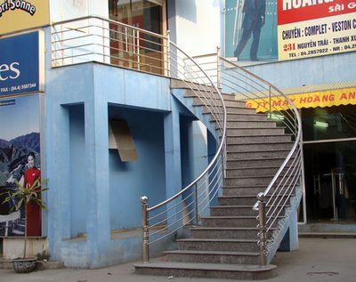 cầu thang inox