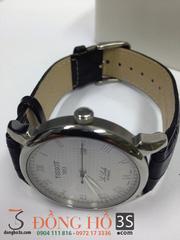 Ảnh số 72: Đồng hồ Tissot mặt trắng - Giá: 600.000