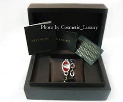 Ảnh số 5: Đồng hồ nữ VALENTINO - Giá: 6.800.000