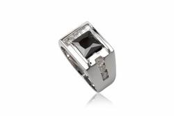 ?nh s? 20: TrangsucLUNA Nhẫn nam đính kim cương nhân tạo xi phủ vàng trắng vàng tây 18k - Giá: 1.290.000