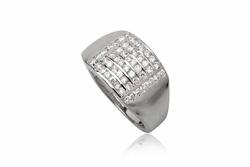 ?nh s? 25: TrangsucLUNA Nhẫn nam đính kim cương nhân tạo xi phủ vàng trắng vàng tây 18k - Giá: 1.290.000