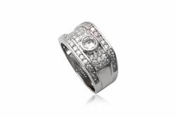 ?nh s? 27: TrangsucLUNA Nhẫn nam đính kim cương nhân tạo xi phủ vàng trắng vàng tây 18k - Giá: 1.380.000