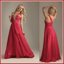 Ảnh số 28: Đầm dài - Giá: 1.300.000