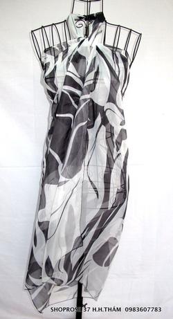 Ảnh số 13: Khăn sarong - Giá: 90.000