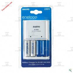 ?nh s? 18: Máy, bộ điện sạc pin thông dụng, sạc pin chậm tiêu chuẩn Sanyo ENELOOP AA/AAA NiMH NC-MQN04ESP20-S, kèm 02 viên pin sạc AA - Giá: 380.000