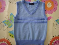 ?nh s? 50: Áo gile xanh nước biển Autograph - Giá: 120.000