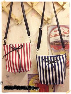 Ảnh số 3: túi xách nhỏ đeo chéo có 4 màu (đã bán) - Giá: 150.000