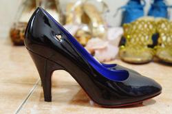 Ảnh số 92: giày - Giá: 230.000