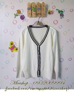 Ảnh số 72: Áo khoác len nút 7 màu ( trắng ) - Giá: 200.000