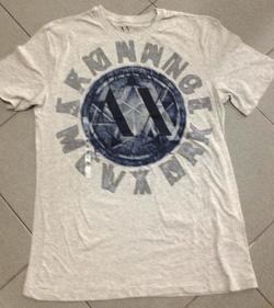 Ảnh số 32: Armani Exchange Logo  T-Shirt - Giá: 550.000