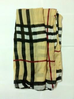 Ảnh số 13: khăn nữ - Giá: 80.000