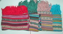 Ảnh số 13: khăn len thổ cẩm - Giá: 180.000