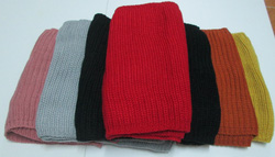Ảnh số 15: khăn len ống - Giá: 90.000
