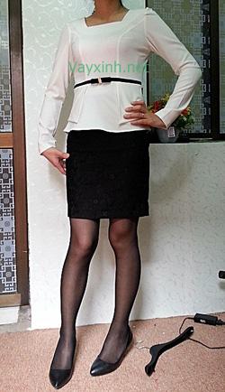 Ảnh số 18: Áo trắng nữ + chân váy ren ép - Giá: 515.000