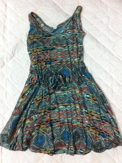 ?nh s? 26: váy hoạ tiết - Giá: 120.000