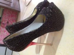 ?nh s? 12: giày kim tuyến đen - Giá: 30.000