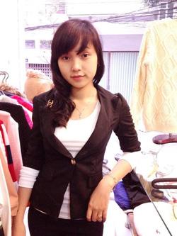 Ảnh số 42: áo vest tay lửng Chanel - Giá: 320.000