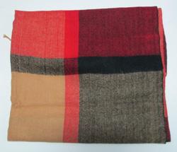 Ảnh số 69: khăn dạ caro - Giá: 100.000