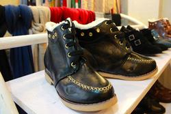 Ảnh số 55: giày lông mũi viền - Giá: 320.000