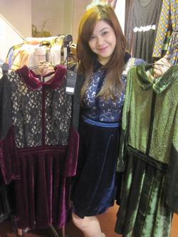 Ảnh số 49: Váy nhung xòe - Giá: 395.000